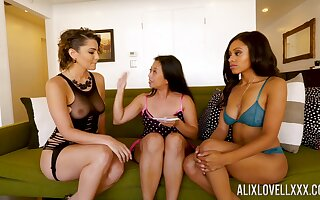 Alix Lovell, Anya Ivy and Lucky Starr are carrying-on with one vibrator